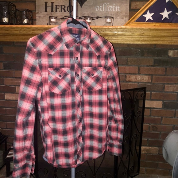 Red, Black & White American Eagle Vintage Fit Button Down